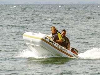 Испытания лодки без крыльев на моторе