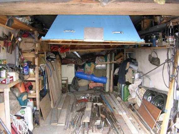 Для многих владельцев гараж, особое место в доме, где всегда собираются кучи мусора...